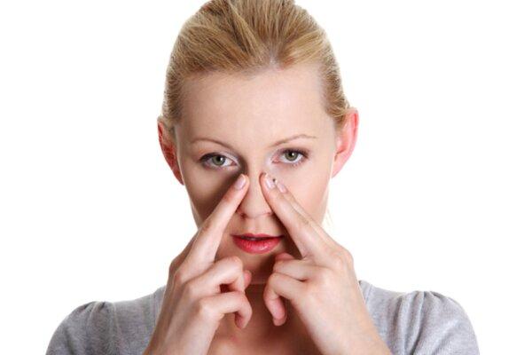 Massage sống mũi